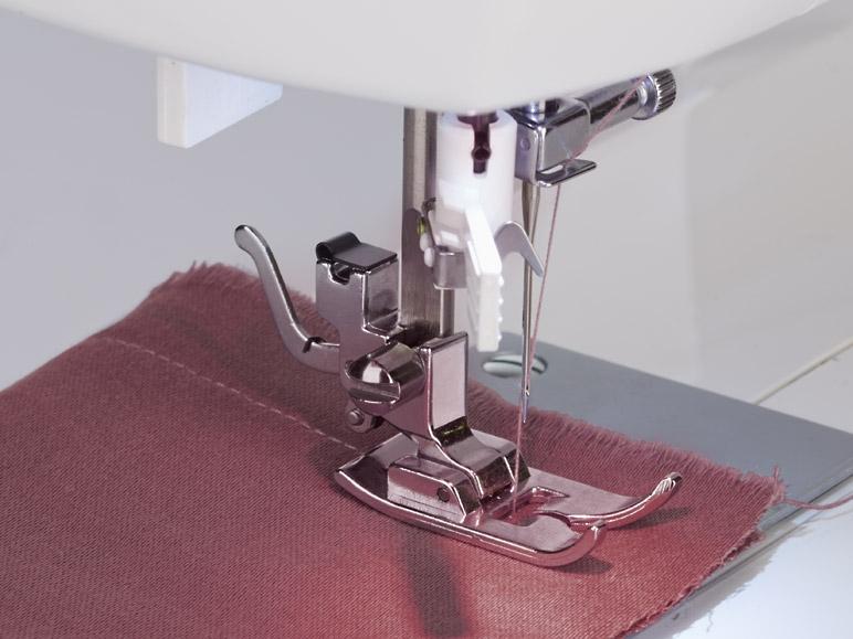Macchina da cucire singer brilliance 6180 lidl for Lidl offerte della settimana macchina da cucire