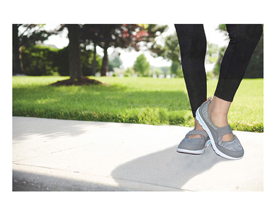 c69a82a33 Crane Ladies  Memory Foam Walking Shoes - Aldi — USA - Specials archive